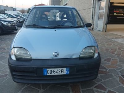 usado Fiat 600 1.1 benzina anno 2002 unico proprietario