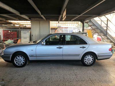 usata Mercedes E290 Elegance Turbodiesel 1999