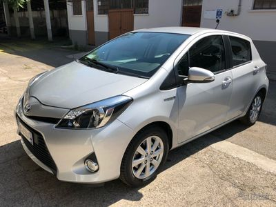 usata Toyota Yaris Hybrid unico prop. 27725 km certific