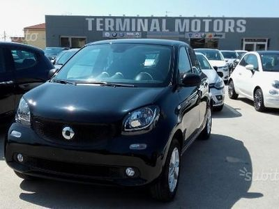 usata Smart ForFour 1.0 BENZINA 70cv YOUNGSTER
