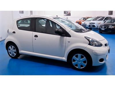 usata Toyota Aygo 1.0 12V VVT-i 5 porte NOW CONNECT- NAVI-BLUETOOTH