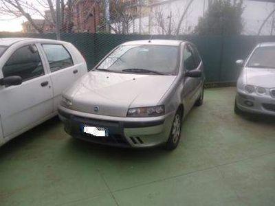 usata Fiat Punto 1.2 BENZ 80 CV ANNO 2002 KM 115788