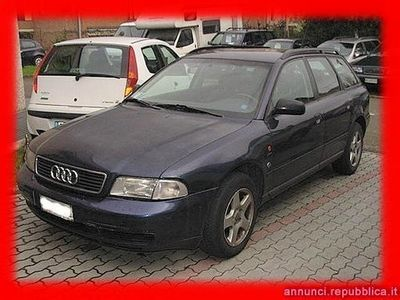 usata Audi A4 1 serie 1.8 Avant benzina