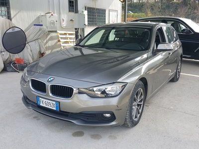 usata BMW 318 d Business Advantage Touring autom.