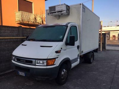 usata Iveco Daily 35C13P .2.8 tdi furgone frigo