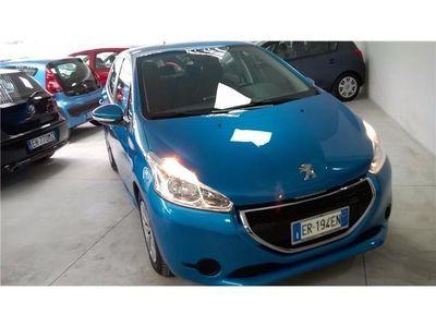 gebraucht Peugeot 208 5P 1.4 VTi Active