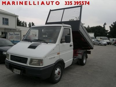 usata Iveco Daily 35.8 2.5 Diesel PM Cab. Classic