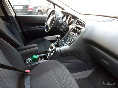 usata Peugeot 5008 2.0 150 cv diesel 2012