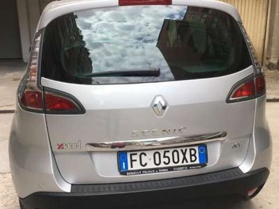 begagnad Renault Scénic ScenicXMod 1.5 dCi 110CV Limited