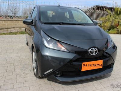 brugt Toyota Aygo MY 2018 5 PORTE 1.0 X PLAY TELECAMERA