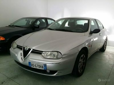 usata Alfa Romeo 156 TWIN SPARK 2.0I-benzina155CV