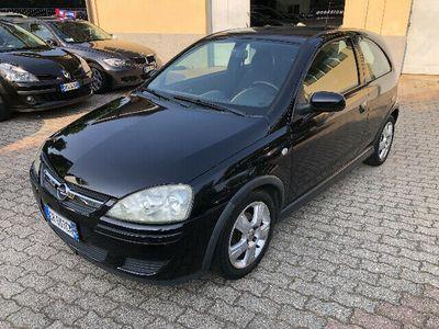 usata Opel Corsa 1.2i 16v Cat 3 Porte Elegance