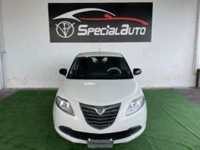 usata Lancia Ypsilon 1.2 69 CV 5 porte S&S Pochi km Benzina