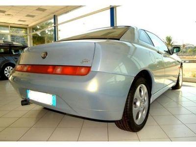 usata Alfa Romeo GTV GTVP E R M U T A