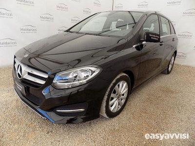 begagnad Mercedes 180 classe b (t246)automatic business diesel