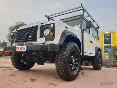 usata Land Rover Defender 90 2.2 TD4 Station Wagon N1