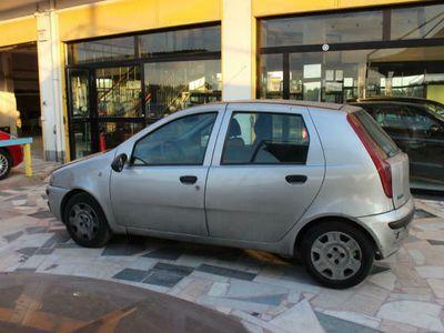 brugt Fiat Punto 1.9 jtd 5 porte elx prezzo euro 400 trattabili