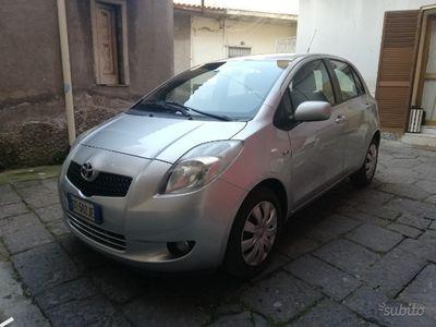 brugt Toyota Yaris 1.4 d4d diesel full opt NUOVA