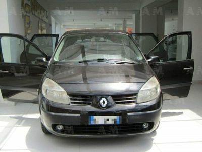 usata Renault Scénic 1.9 dCi/130CV Luxe Dynamique