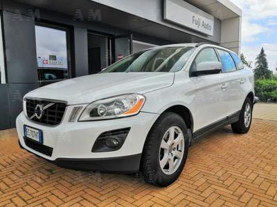 usata Volvo XC60 2.4 D 175 CV FWD DRIVe Momentum ( DA PREPARARE)