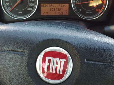 usata Fiat Croma 1.9 Multijet 16V Must