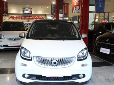 gebraucht Smart ForFour 70 1.0 twinamic Prime KM 20.000
