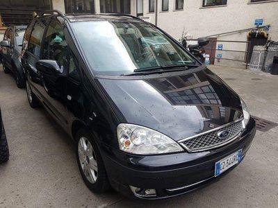 usata Ford Galaxy 1.9 TDI cat aut. Ghia del 2006 usata a Milano