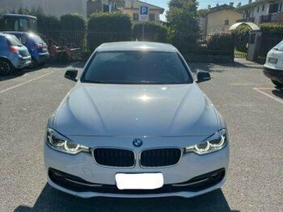 usata BMW 318 d Sport - 2017