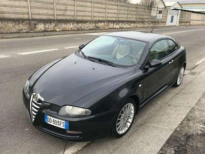 usata Alfa Romeo GT 1.9 JTDM 16V Distinctive Black Line-IN ARRIVO-