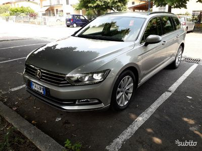 begagnad VW Passat variant 1.6 120cv
