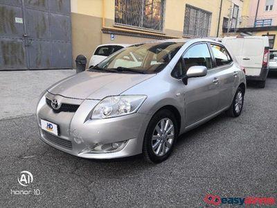 używany Toyota Auris 1.4 D-4D M-MT 5 porte Sol