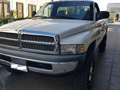 usata Dodge Ram 2500 cummins diesel 4x4 5.9 Single cab