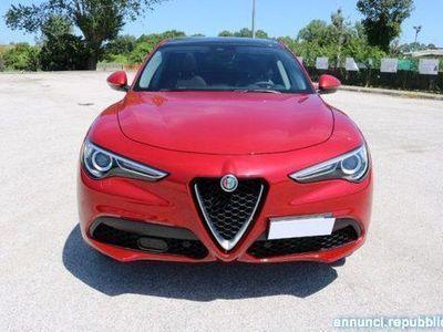 usata Alfa Romeo Crosswagon 2.0 Turbo 200 CV AT8 Q4 Executive Riccione