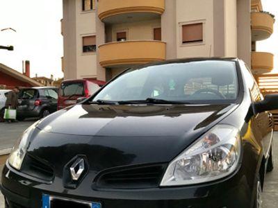 usata Renault Clio 1,2 neopatentati privato