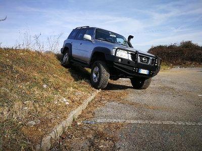 usata Nissan Patrol 3.0 TD Di 5 porte Luxury Wagon omologato