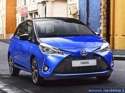 usata Toyota Yaris 1.5 Hybrid 5 porte Business Mira