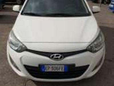 usata Hyundai i20 1.2 5p. bluedrive gpl sound edition benzina/gpl