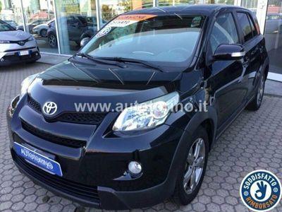 begagnad Toyota Urban Cruiser 1.4 d-4d Luxury Awd
