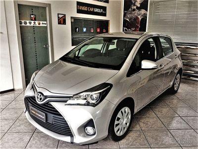 usata Toyota Yaris Hybrid Garanzia ok neopatentati