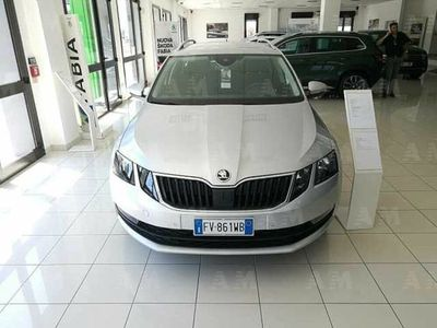 usata Skoda Octavia Station Wagon 1.0 TSI DSG Wagon Executive nuova a Catanzaro