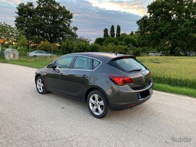 begagnad Opel Astra 2.0 CDTI 160cv 5p. Cosmo S