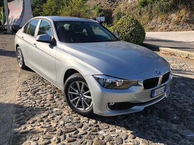 usata BMW 318 d Luxury Automatica-Navigatore-Pdc-1Propr