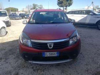 usata Dacia Sandero stepway 1.5 dci 78000km unica proprietaria diesel
