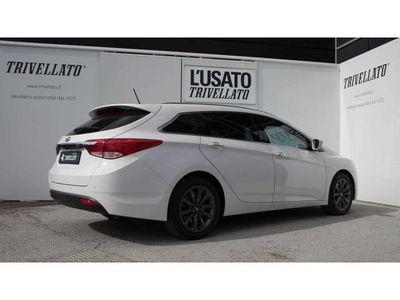 gebraucht Hyundai i40 i40Wagon 17 CRDi 136CV Aut Business