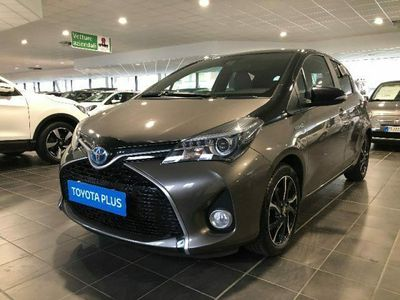 "usata Toyota Yaris 1.5 Hybrid 5 porte Trend ""Platinum Edit"