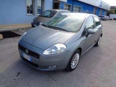 usata Fiat Grande Punto 1.3 MJT 75 CV 5 porte Dynamic NEO PATENTATI Diesel