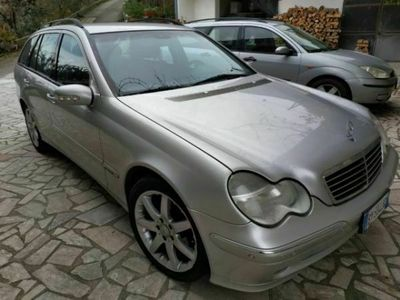 usata Mercedes C220 Classe C (W/S203)CDI cat S.W. Avantgarde