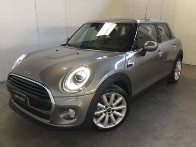 usata Mini Cooper D 5 PORTE 5p 1.5Business XL