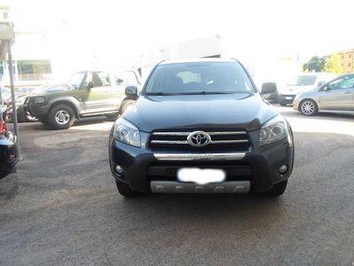 usata Toyota RAV4 2.2 D-cat 177cv Luxury Usato