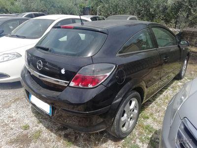 brugt Opel Astra GTC 1.3 CDTI - 2006